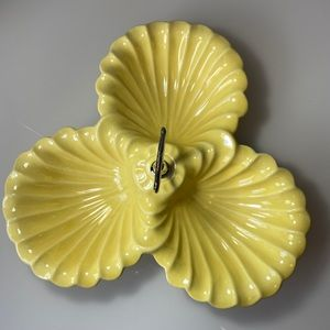 Vintage  Sylvan's   Mid-Century Mod Clamshell Dish